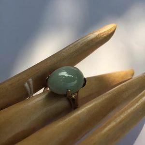 R10) antique BURMA JADITE ring SIZE 7 white/green